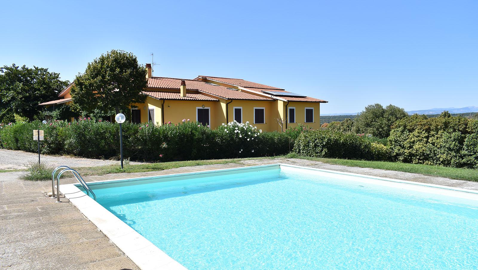 poggio_torreano_piscina